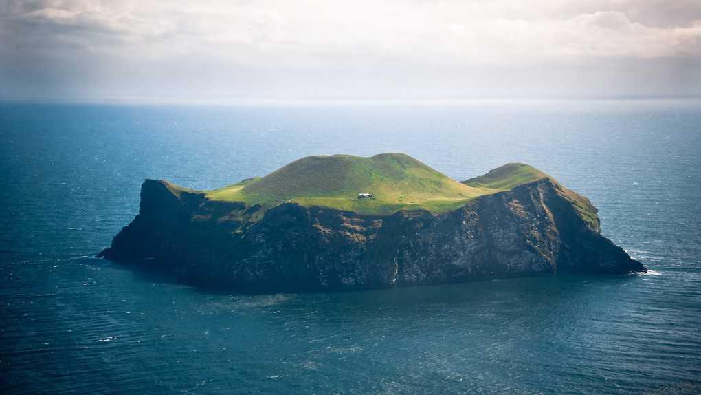 Самый маленький остров в мире: Топ-10